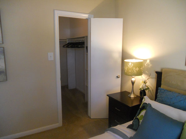 houston alief apartmetns for lease broken lease accepted free movers. Black Bedroom Furniture Sets. Home Design Ideas